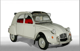 2CV Azam, 1965.  Une voiture mythique, en parfait état d'origine et avec peu de kilomètres au compteur.  Vendue par Artcurial 60.000 euros à Paris le 3 février 2012.  Photos© Artcurial Motorcars